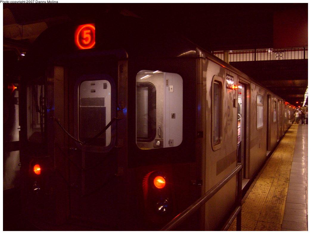 (166k, 1044x788)<br><b>Country:</b> United States<br><b>City:</b> New York<br><b>System:</b> New York City Transit<br><b>Line:</b> IRT East Side Line<br><b>Location:</b> Brooklyn Bridge/City Hall <br><b>Route:</b> 5<br><b>Car:</b> R-142 (Primary Order, Bombardier, 1999-2002)  6755 <br><b>Photo by:</b> Danny Molina<br><b>Date:</b> 10/8/2007<br><b>Viewed (this week/total):</b> 0 / 4307
