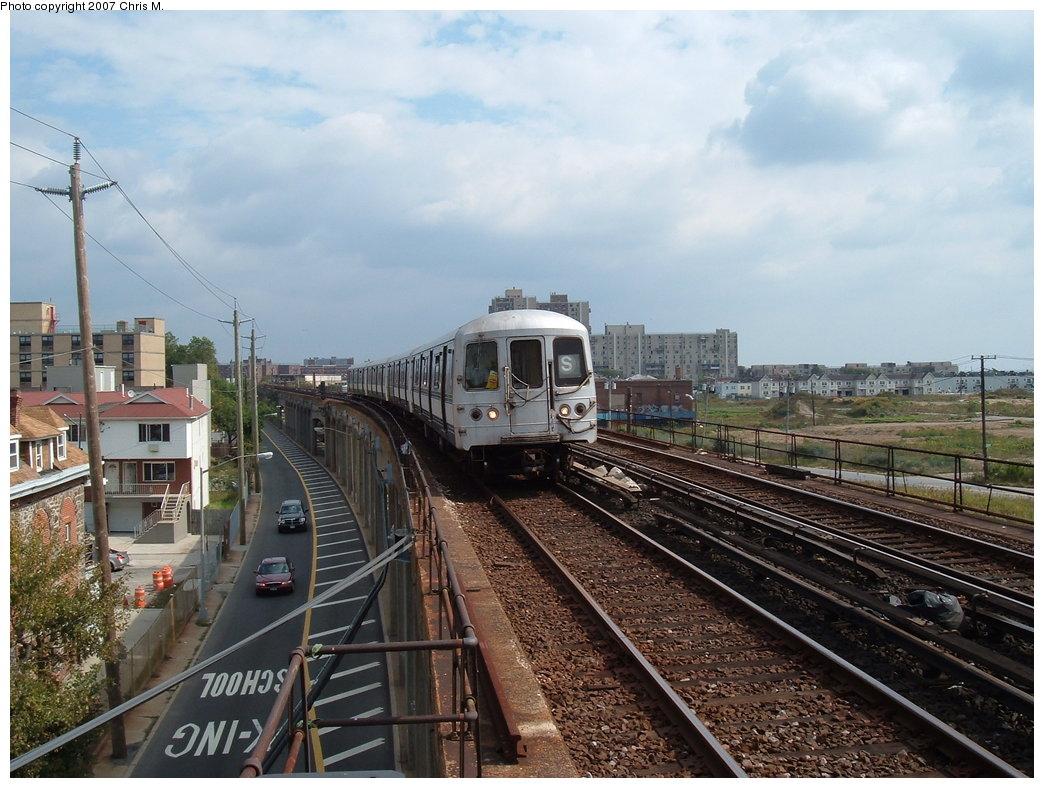 (196k, 1044x788)<br><b>Country:</b> United States<br><b>City:</b> New York<br><b>System:</b> New York City Transit<br><b>Line:</b> IND Rockaway<br><b>Location:</b> Beach 67th Street/Gaston Avenue <br><b>Route:</b> S<br><b>Car:</b> R-44 (St. Louis, 1971-73)  <br><b>Photo by:</b> Chris M.<br><b>Date:</b> 10/7/2007<br><b>Viewed (this week/total):</b> 1 / 2079