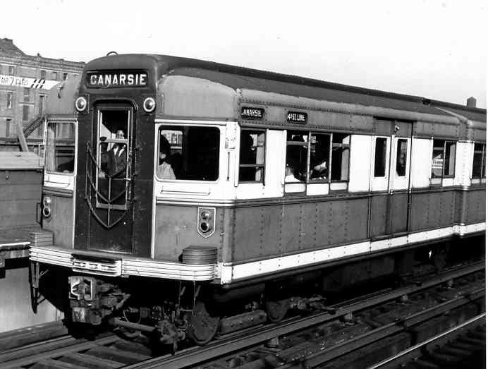 (32k, 692x523)<br><b>Country:</b> United States<br><b>City:</b> New York<br><b>System:</b> New York City Transit<br><b>Line:</b> BMT Canarsie Line<br><b>Location:</b> Sutter Avenue <br><b>Car:</b> BMT Bluebird  <br><b>Photo by:</b> Frank Pfuhler<br><b>Date:</b> 10/8/1954<br><b>Viewed (this week/total):</b> 0 / 2351