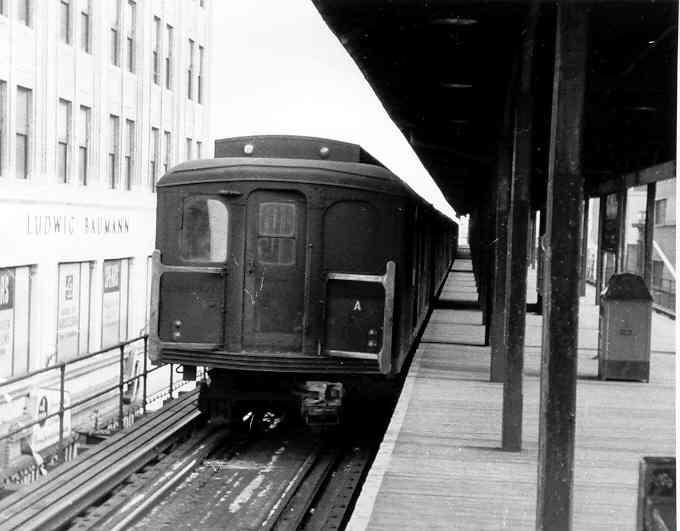 (28k, 680x531)<br><b>Country:</b> United States<br><b>City:</b> New York<br><b>System:</b> New York City Transit<br><b>Line:</b> BMT Nassau Street/Jamaica Line<br><b>Location:</b> 168th Street (Demolished) <br><b>Car:</b> BMT A/B-Type Standard 2202 <br><b>Photo by:</b> Frank Pfuhler<br><b>Date:</b> 1/23/1955<br><b>Viewed (this week/total):</b> 2 / 2755