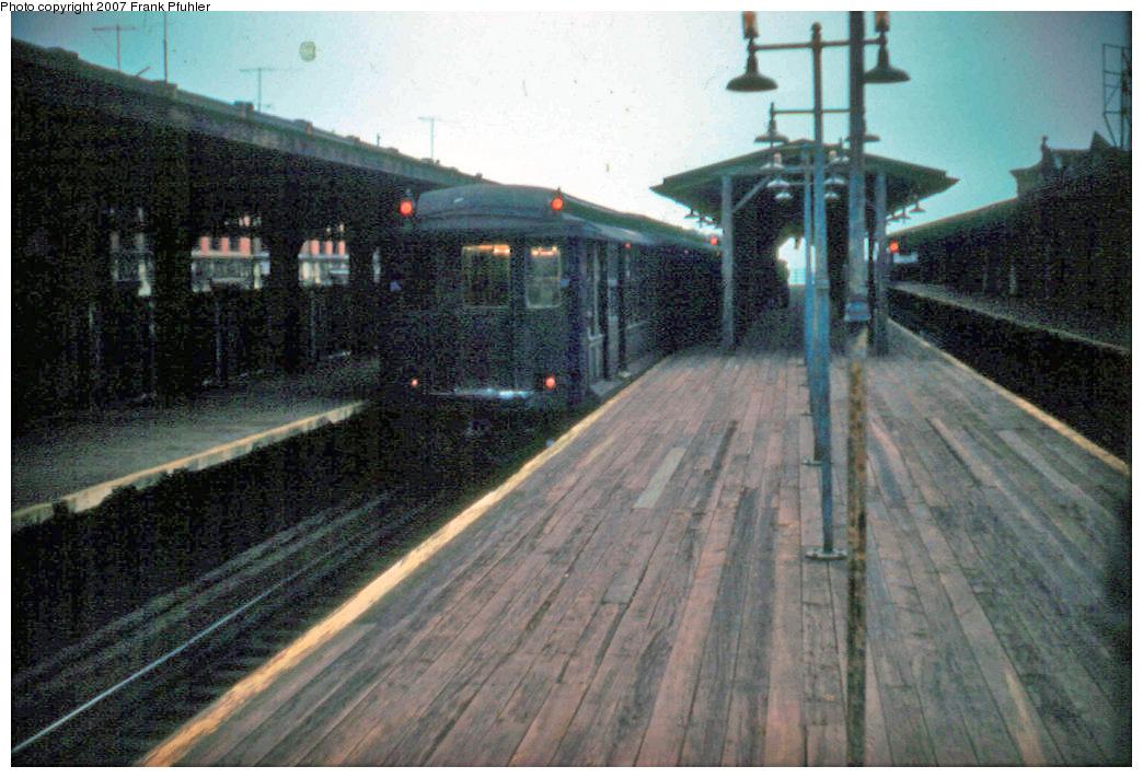 (243k, 1044x711)<br><b>Country:</b> United States<br><b>City:</b> New York<br><b>System:</b> New York City Transit<br><b>Line:</b> BMT Fulton<br><b>Location:</b> Rockaway Avenue <br><b>Car:</b> BMT C  <br><b>Photo by:</b> Frank Pfuhler<br><b>Date:</b> 4/27/1956<br><b>Notes:</b> Last day of Fulton El service<br><b>Viewed (this week/total):</b> 3 / 3121