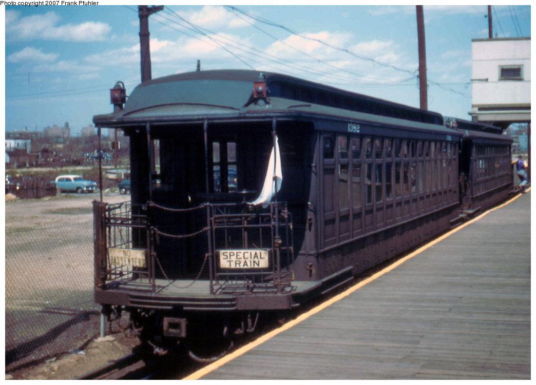 (176k, 1044x751)<br><b>Country:</b> United States<br><b>City:</b> New York<br><b>System:</b> New York City Transit<br><b>Line:</b> BMT Canarsie Line<br><b>Location:</b> Rockaway Parkway <br><b>Route:</b> Fan Trip<br><b>Car:</b> BMT Elevated Gate Car 1382 <br><b>Photo by:</b> Frank Pfuhler<br><b>Date:</b> 4/22/1956<br><b>Viewed (this week/total):</b> 0 / 1988
