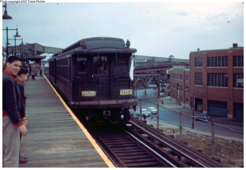 (171k, 1044x720)<br><b>Country:</b> United States<br><b>City:</b> New York<br><b>System:</b> New York City Transit<br><b>Line:</b> BMT Nassau Street/Jamaica Line<br><b>Location:</b> Alabama Avenue <br><b>Route:</b> Fan Trip<br><b>Car:</b> BMT Elevated Gate Car 1315/1382 <br><b>Photo by:</b> Frank Pfuhler<br><b>Date:</b> 4/22/1956<br><b>Viewed (this week/total):</b> 1 / 2539