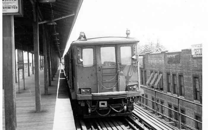 (24k, 701x439)<br><b>Country:</b> United States<br><b>City:</b> New York<br><b>System:</b> New York City Transit<br><b>Line:</b> IND Fulton Street Line<br><b>Location:</b> Lefferts Boulevard <br><b>Car:</b> BMT C  <br><b>Photo by:</b> Frank Pfuhler<br><b>Viewed (this week/total):</b> 4 / 1700