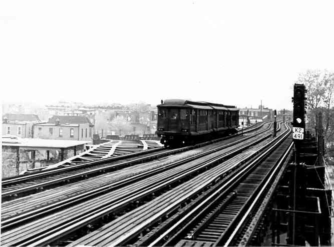 (32k, 667x493)<br><b>Country:</b> United States<br><b>City:</b> New York<br><b>System:</b> New York City Transit<br><b>Line:</b> IND Fulton Street Line<br><b>Location:</b> 80th Street/Hudson Street <br><b>Car:</b> BMT C  <br><b>Photo by:</b> Frank Pfuhler<br><b>Date:</b> 5/1/1954<br><b>Viewed (this week/total):</b> 0 / 3025