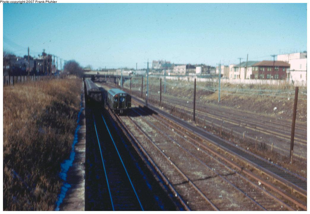 (176k, 1044x721)<br><b>Country:</b> United States<br><b>City:</b> New York<br><b>System:</b> New York City Transit<br><b>Line:</b> BMT Sea Beach Line<br><b>Location:</b> Fort Hamilton Parkway <br><b>Car:</b> R-16 (American Car & Foundry, 1955) 6441 <br><b>Photo by:</b> Frank Pfuhler<br><b>Date:</b> 1/20/1955<br><b>Viewed (this week/total):</b> 0 / 3716