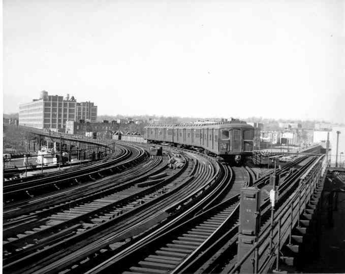 (31k, 679x540)<br><b>Country:</b> United States<br><b>City:</b> New York<br><b>System:</b> New York City Transit<br><b>Line:</b> BMT Culver Line<br><b>Location:</b> Ditmas Avenue <br><b>Photo by:</b> Frank Pfuhler<br><b>Date:</b> 2/12/1954<br><b>Viewed (this week/total):</b> 1 / 3427