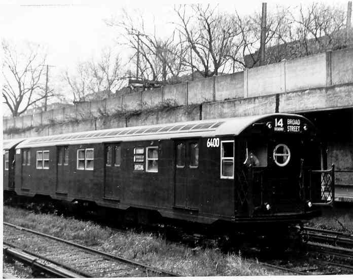 (37k, 696x553)<br><b>Country:</b> United States<br><b>City:</b> New York<br><b>System:</b> New York City Transit<br><b>Line:</b> BMT Sea Beach Line<br><b>Location:</b> Fort Hamilton Parkway <br><b>Car:</b> R-16 (American Car & Foundry, 1955) 6400 <br><b>Photo by:</b> Frank Pfuhler<br><b>Date:</b> 1955<br><b>Viewed (this week/total):</b> 3 / 3003