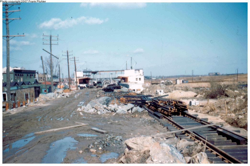 (194k, 1044x694)<br><b>Country:</b> United States<br><b>City:</b> New York<br><b>System:</b> New York City Transit<br><b>Line:</b> IND Rockaway<br><b>Location:</b> Howard Beach <br><b>Photo by:</b> Frank Pfuhler<br><b>Date:</b> 3/4/1956<br><b>Viewed (this week/total):</b> 1 / 2661