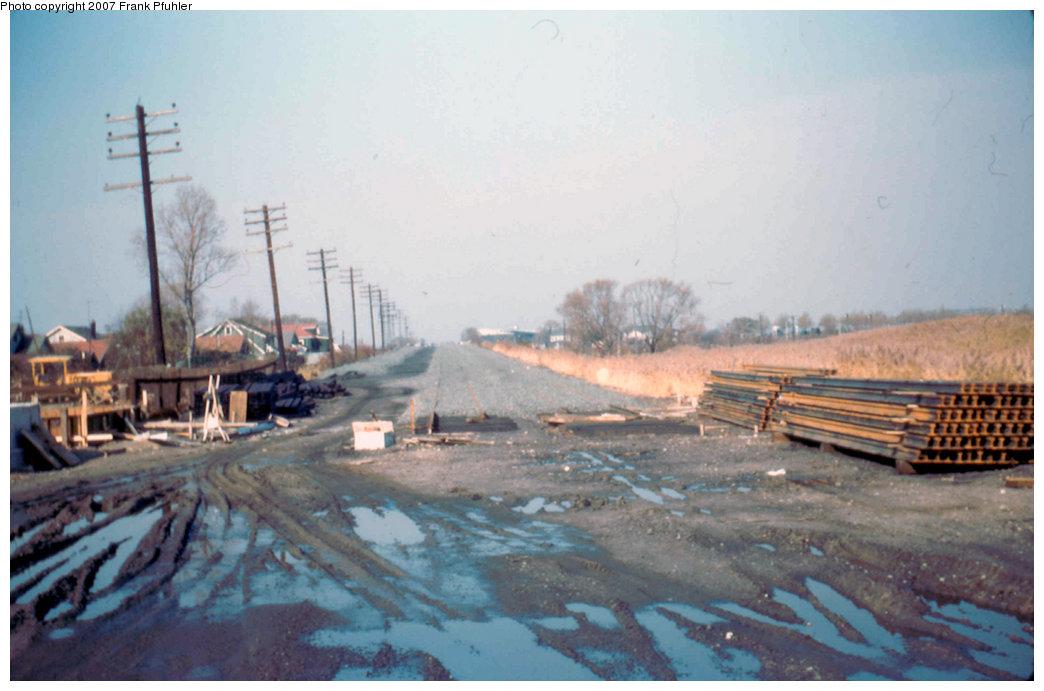 (171k, 1044x691)<br><b>Country:</b> United States<br><b>City:</b> New York<br><b>System:</b> New York City Transit<br><b>Line:</b> IND Rockaway<br><b>Location:</b> Howard Beach <br><b>Photo by:</b> Frank Pfuhler<br><b>Date:</b> 11/2/1955<br><b>Notes:</b> View north.<br><b>Viewed (this week/total):</b> 3 / 2280
