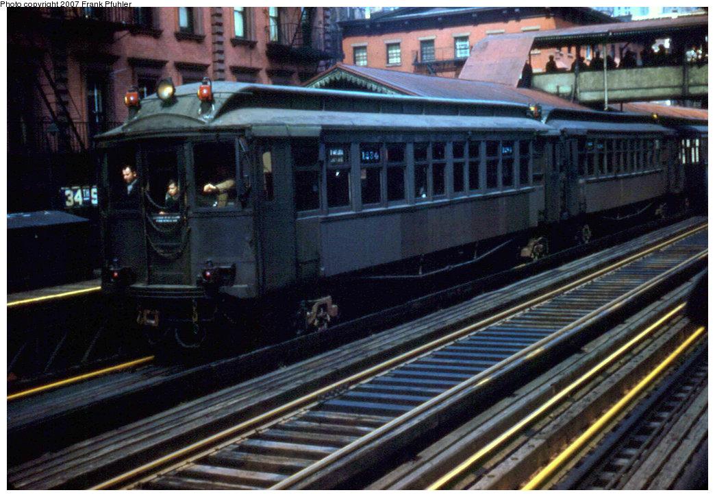 (258k, 1044x725)<br><b>Country:</b> United States<br><b>City:</b> New York<br><b>System:</b> New York City Transit<br><b>Line:</b> 3rd Avenue El<br><b>Location:</b> 34th Street <br><b>Car:</b> MUDC  <br><b>Photo by:</b> Frank Pfuhler<br><b>Date:</b> 3/27/1955<br><b>Notes:</b> Southbound local.<br><b>Viewed (this week/total):</b> 0 / 2620