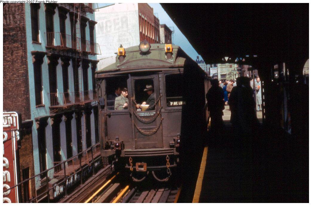 (204k, 1044x691)<br><b>Country:</b> United States<br><b>City:</b> New York<br><b>System:</b> New York City Transit<br><b>Line:</b> 3rd Avenue El<br><b>Location:</b> Canal Street <br><b>Car:</b> MUDC  <br><b>Photo by:</b> Frank Pfuhler<br><b>Date:</b> 3/29/1955<br><b>Notes:</b> Southbound local.<br><b>Viewed (this week/total):</b> 0 / 3115