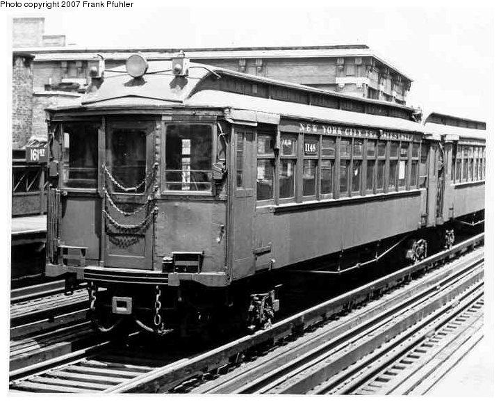 (102k, 721x581)<br><b>Country:</b> United States<br><b>City:</b> New York<br><b>System:</b> New York City Transit<br><b>Line:</b> 3rd Avenue El<br><b>Location:</b> 161st Street <br><b>Car:</b> MUDC 1148 <br><b>Photo by:</b> Frank Pfuhler<br><b>Date:</b> 6/6/1954<br><b>Viewed (this week/total):</b> 0 / 2116