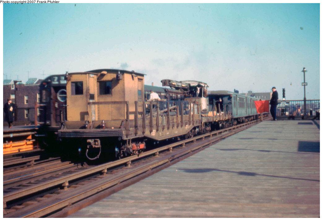 (173k, 1044x713)<br><b>Country:</b> United States<br><b>City:</b> New York<br><b>System:</b> New York City Transit<br><b>Line:</b> IRT Flushing Line<br><b>Location:</b> 82nd Street/Jackson Heights <br><b>Route:</b> Work Service<br><b>Car:</b> Crane Car  <br><b>Photo by:</b> Frank Pfuhler<br><b>Date:</b> 2/20/1955<br><b>Viewed (this week/total):</b> 4 / 2352