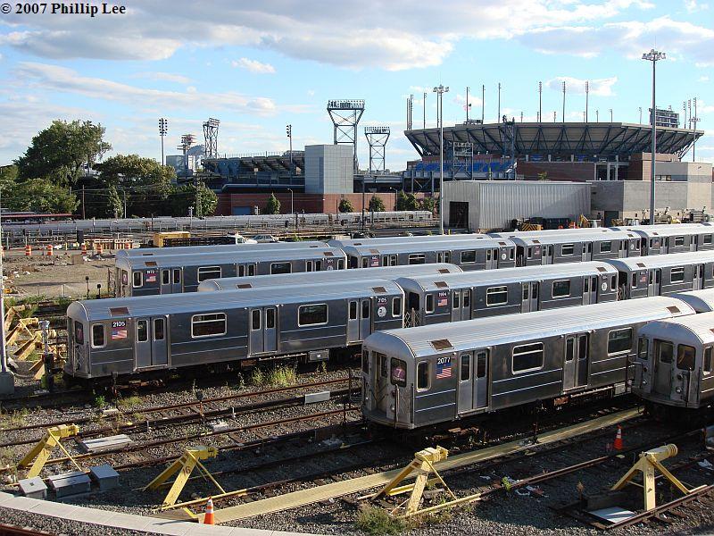 (153k, 800x600)<br><b>Country:</b> United States<br><b>City:</b> New York<br><b>System:</b> New York City Transit<br><b>Location:</b> Corona Yard<br><b>Car:</b> R-62A (Bombardier, 1984-1987)  2105/2077 <br><b>Photo by:</b> Phillip Lee<br><b>Date:</b> 9/15/2007<br><b>Viewed (this week/total):</b> 0 / 2183