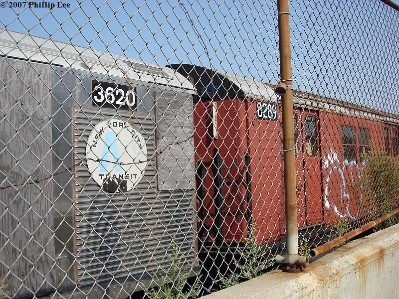 (202k, 800x600)<br><b>Country:</b> United States<br><b>City:</b> New York<br><b>System:</b> New York City Transit<br><b>Line:</b> South Brooklyn Railway<br><b>Location:</b> SBK Yard (2nd Ave at 38th St.) (SBK)<br><b>Car:</b> R-32 (Budd, 1964)  3620 <br><b>Photo by:</b> Phillip Lee<br><b>Date:</b> 9/8/2007<br><b>Viewed (this week/total):</b> 1 / 1693