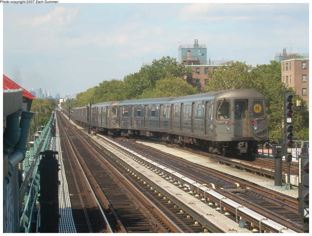 (235k, 1044x788)<br><b>Country:</b> United States<br><b>City:</b> New York<br><b>System:</b> New York City Transit<br><b>Line:</b> BMT West End Line<br><b>Location:</b> Bay 50th Street <br><b>Route:</b> N<br><b>Car:</b> R-68 (Westinghouse-Amrail, 1986-1988)  2894 <br><b>Photo by:</b> Zach Summer<br><b>Date:</b> 9/13/2007<br><b>Viewed (this week/total):</b> 1 / 1881