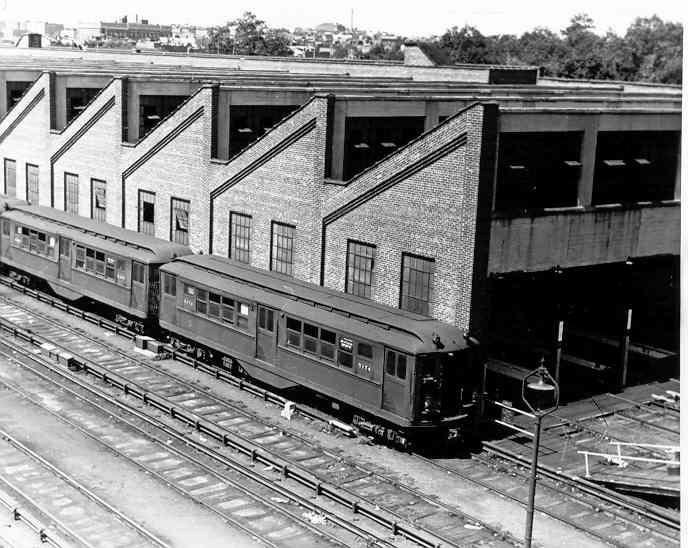 (49k, 688x548)<br><b>Country:</b> United States<br><b>City:</b> New York<br><b>System:</b> New York City Transit<br><b>Location:</b> East 180th Street Yard<br><b>Car:</b> Low-V 5174 <br><b>Photo by:</b> Frank Pfuhler<br><b>Date:</b> 8/22/1954<br><b>Viewed (this week/total):</b> 31 / 1962