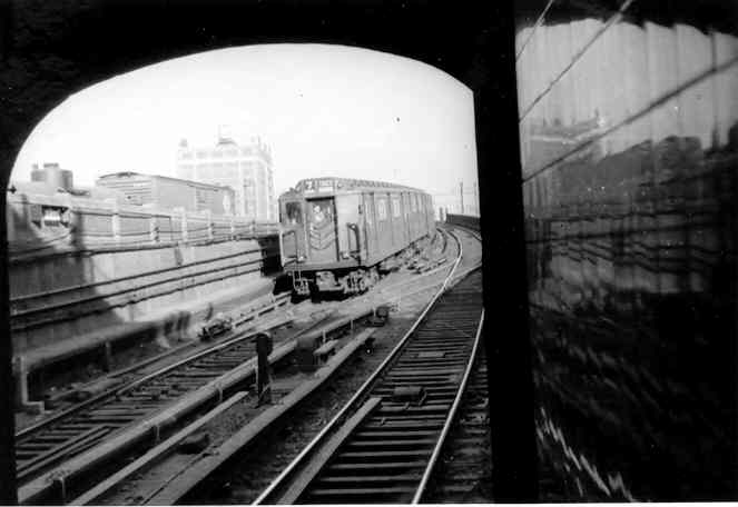 (22k, 663x456)<br><b>Country:</b> United States<br><b>City:</b> New York<br><b>System:</b> New York City Transit<br><b>Line:</b> IRT Flushing Line<br><b>Location:</b> Hunterspoint Avenue <br><b>Car:</b> R-14 (American Car & Foundry, 1949)  <br><b>Photo by:</b> Frank Pfuhler<br><b>Viewed (this week/total):</b> 0 / 3060