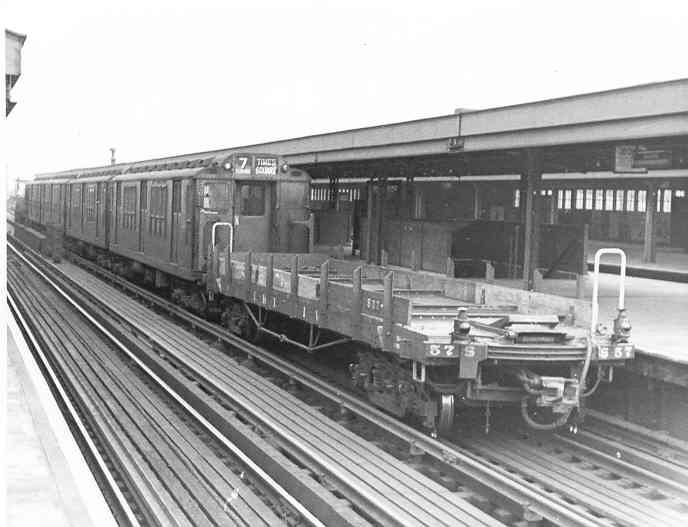 (30k, 688x527)<br><b>Country:</b> United States<br><b>City:</b> New York<br><b>System:</b> New York City Transit<br><b>Line:</b> IRT Flushing Line<br><b>Location:</b> Willets Point/Mets (fmr. Shea Stadium) <br><b>Photo by:</b> Frank Pfuhler<br><b>Date:</b> 12/12/1954<br><b>Viewed (this week/total):</b> 0 / 2075