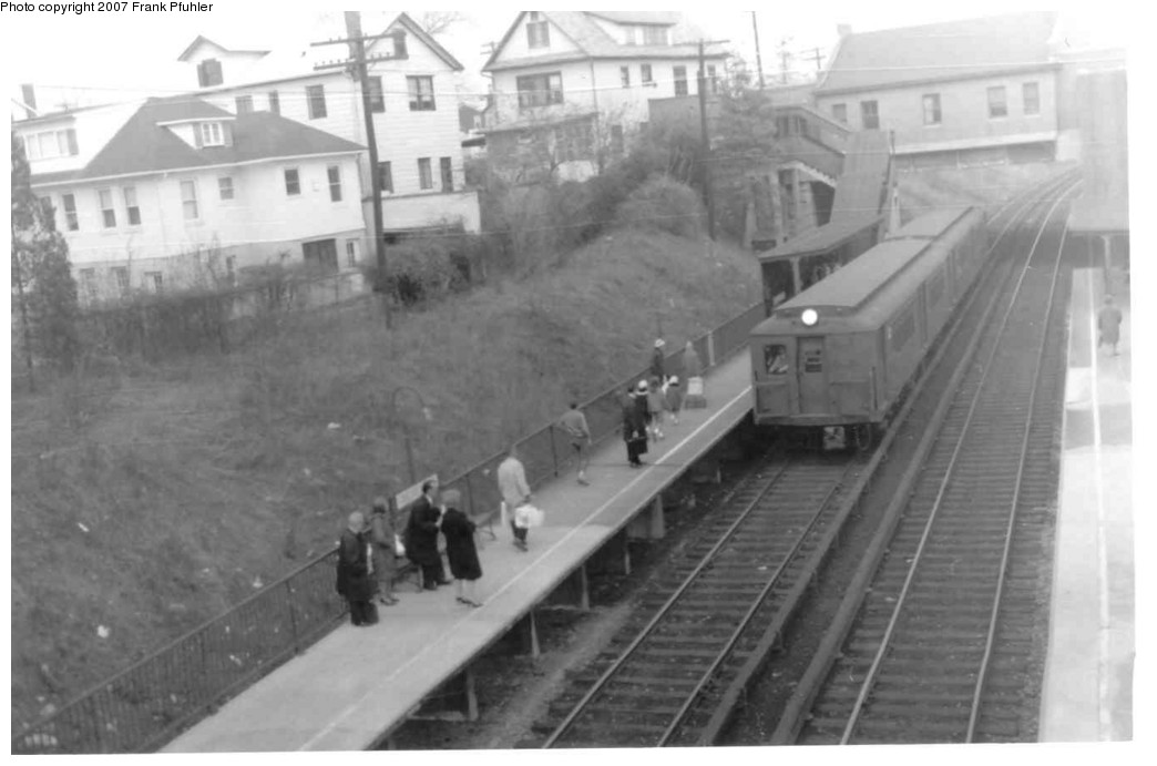 (114k, 1044x691)<br><b>Country:</b> United States<br><b>City:</b> New York<br><b>System:</b> New York City Transit<br><b>Line:</b> SIRT<br><b>Location:</b> Great Kills <br><b>Car:</b> SIRT  <br><b>Photo by:</b> Frank Pfuhler<br><b>Date:</b> 4/16/1965<br><b>Viewed (this week/total):</b> 0 / 3061