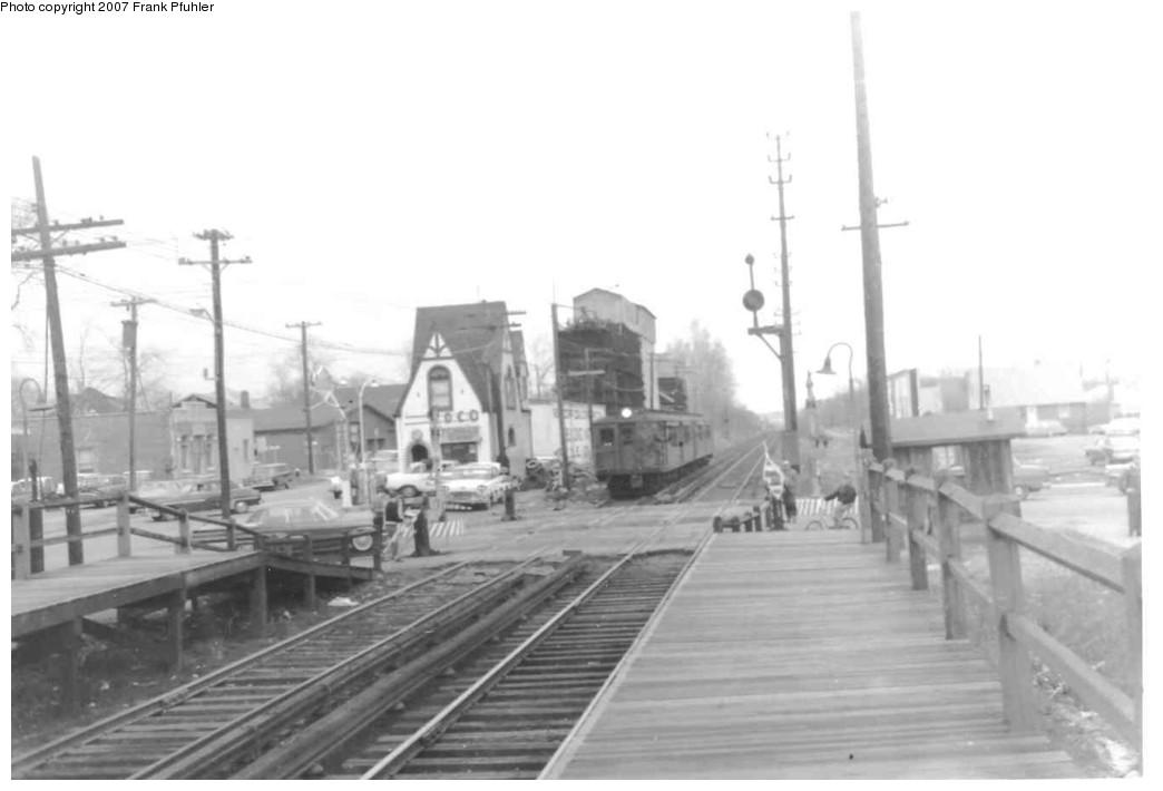 (94k, 1044x710)<br><b>Country:</b> United States<br><b>City:</b> New York<br><b>System:</b> New York City Transit<br><b>Line:</b> SIRT<br><b>Location:</b> New Dorp <br><b>Car:</b> SIRT  <br><b>Photo by:</b> Frank Pfuhler<br><b>Date:</b> 4/16/1965<br><b>Viewed (this week/total):</b> 2 / 3467