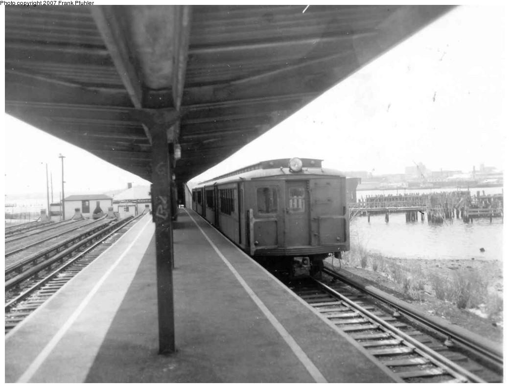 (127k, 1044x792)<br><b>Country:</b> United States<br><b>City:</b> New York<br><b>System:</b> New York City Transit<br><b>Line:</b> SIRT<br><b>Location:</b> Tottenville <br><b>Car:</b> SIRT  <br><b>Photo by:</b> Frank Pfuhler<br><b>Date:</b> 4/16/1965<br><b>Viewed (this week/total):</b> 0 / 2057