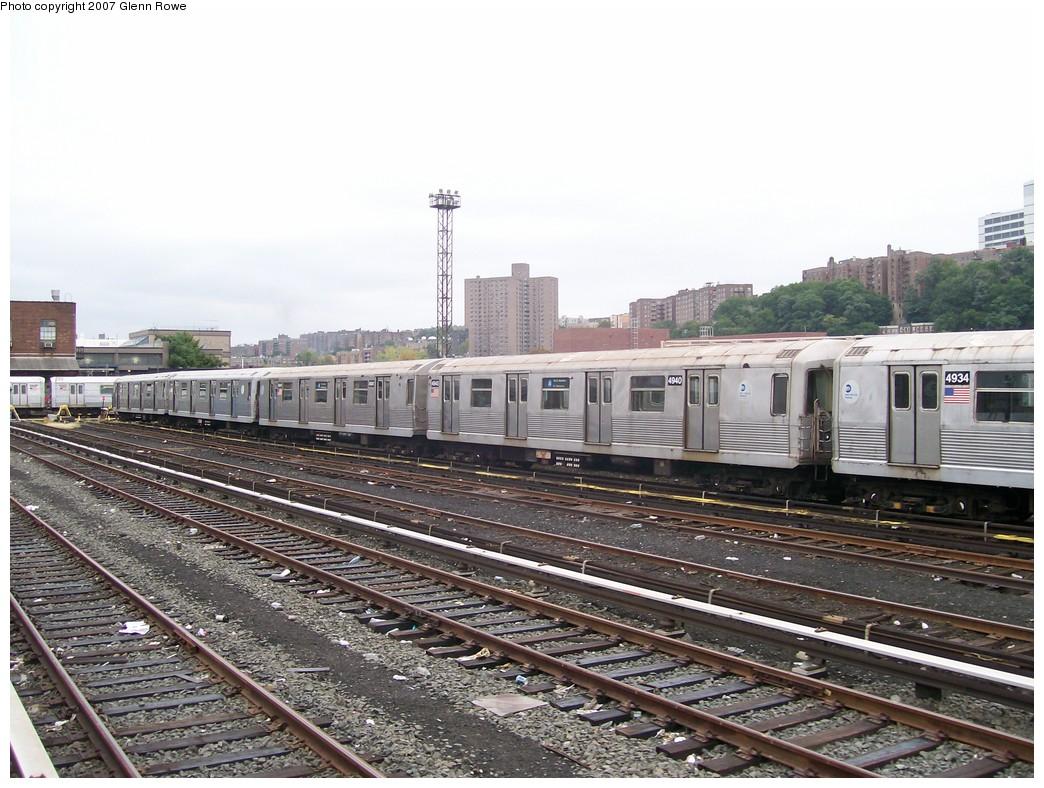 (231k, 1044x788)<br><b>Country:</b> United States<br><b>City:</b> New York<br><b>System:</b> New York City Transit<br><b>Location:</b> 207th Street Yard<br><b>Car:</b> R-42 (St. Louis, 1969-1970)  4940/1 <br><b>Photo by:</b> Glenn L. Rowe<br><b>Date:</b> 10/9/2007<br><b>Viewed (this week/total):</b> 0 / 1836