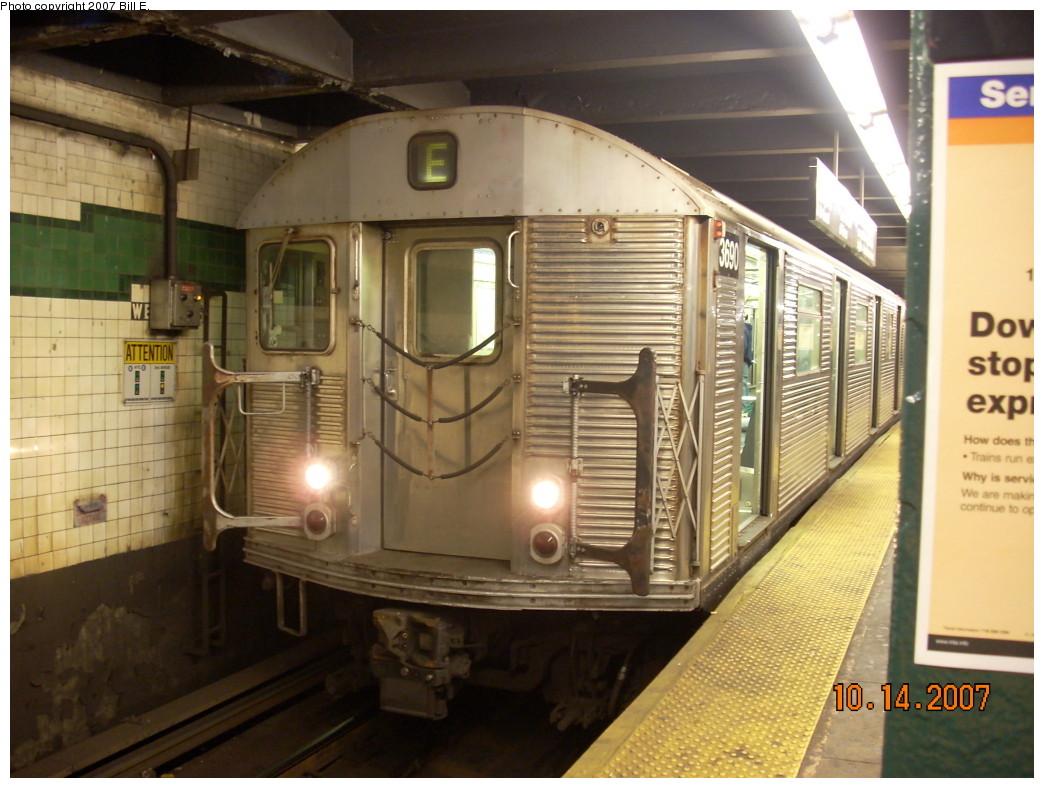 (240k, 1044x788)<br><b>Country:</b> United States<br><b>City:</b> New York<br><b>System:</b> New York City Transit<br><b>Line:</b> IND 8th Avenue Line<br><b>Location:</b> West 4th Street/Washington Square <br><b>Route:</b> E<br><b>Car:</b> R-32 (Budd, 1964)  3690 <br><b>Photo by:</b> Bill E.<br><b>Date:</b> 10/14/2007<br><b>Viewed (this week/total):</b> 8 / 2279