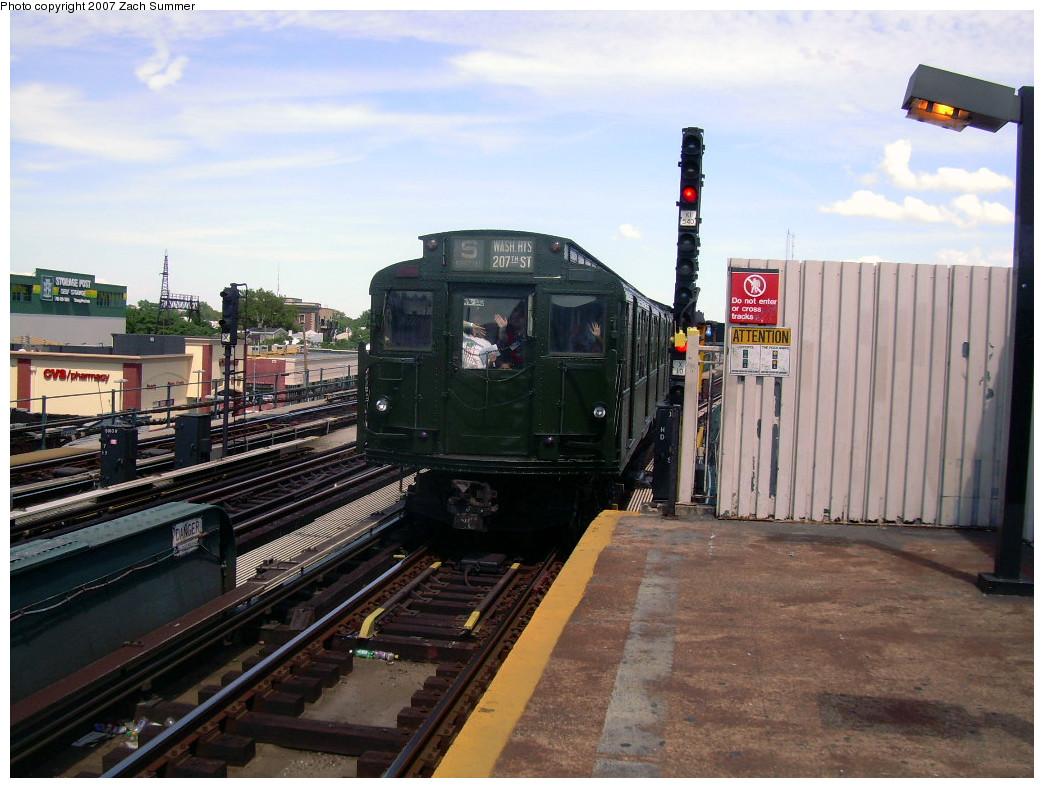 (264k, 1044x788)<br><b>Country:</b> United States<br><b>City:</b> New York<br><b>System:</b> New York City Transit<br><b>Line:</b> IND Fulton Street Line<br><b>Location:</b> Rockaway Boulevard <br><b>Route:</b> Fan Trip<br><b>Car:</b> R-1 (American Car & Foundry, 1930-1931) 381 <br><b>Photo by:</b> Zach Summer<br><b>Date:</b> 7/22/2007<br><b>Viewed (this week/total):</b> 0 / 1431
