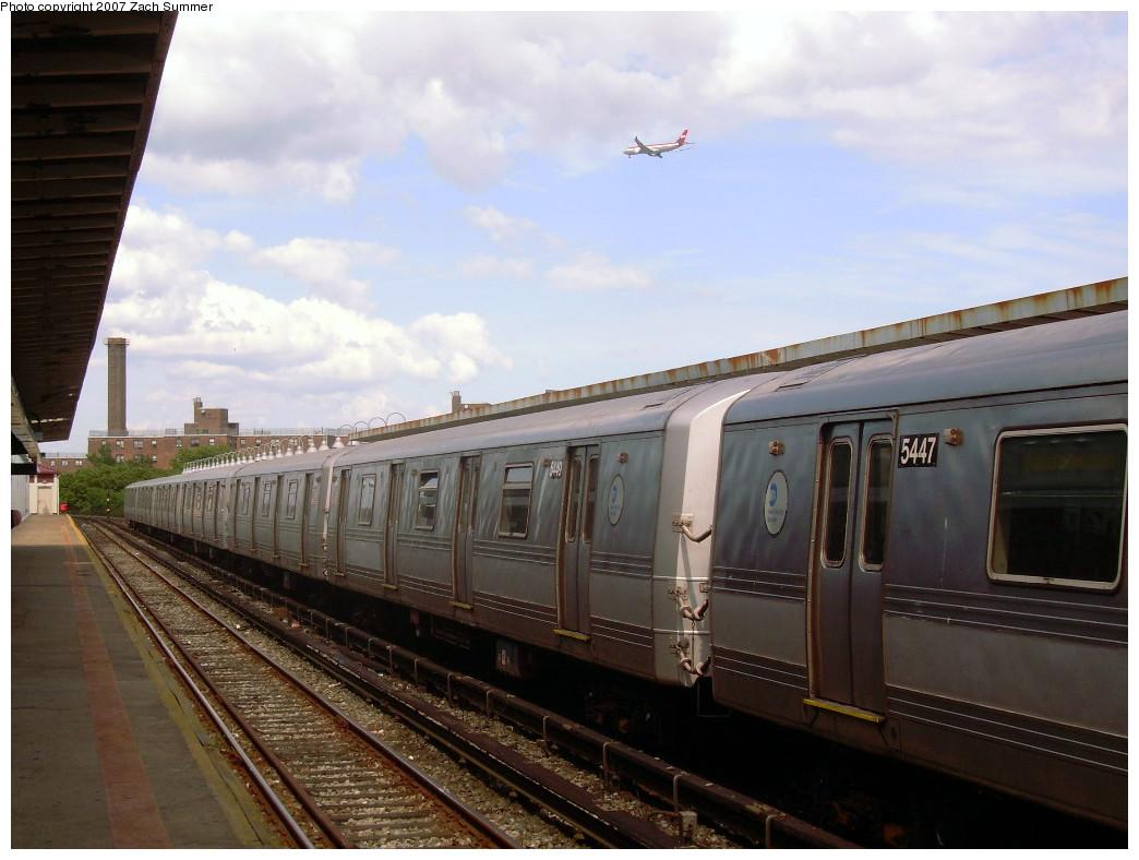(228k, 1044x788)<br><b>Country:</b> United States<br><b>City:</b> New York<br><b>System:</b> New York City Transit<br><b>Line:</b> IND Rockaway<br><b>Location:</b> Beach 90th Street/Holland <br><b>Route:</b> S<br><b>Car:</b> R-44 (St. Louis, 1971-73) 5449 <br><b>Photo by:</b> Zach Summer<br><b>Date:</b> 7/22/2007<br><b>Viewed (this week/total):</b> 1 / 1997