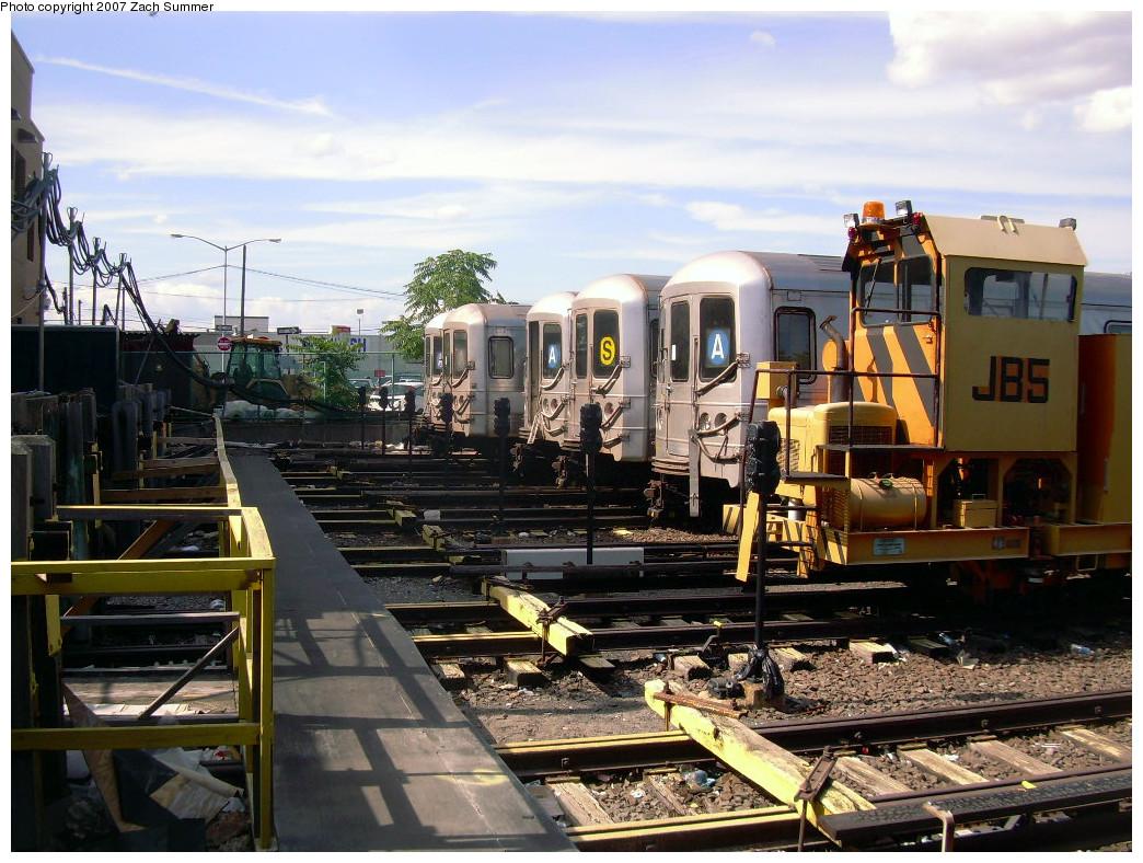 (308k, 1044x788)<br><b>Country:</b> United States<br><b>City:</b> New York<br><b>System:</b> New York City Transit<br><b>Location:</b> Rockaway Park Yard<br><b>Car:</b> R-44 (St. Louis, 1971-73)  <br><b>Photo by:</b> Zach Summer<br><b>Date:</b> 7/22/2007<br><b>Viewed (this week/total):</b> 1 / 1965