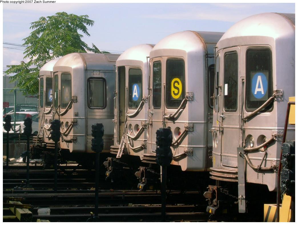 (271k, 1044x788)<br><b>Country:</b> United States<br><b>City:</b> New York<br><b>System:</b> New York City Transit<br><b>Location:</b> Rockaway Park Yard<br><b>Car:</b> R-44 (St. Louis, 1971-73)  <br><b>Photo by:</b> Zach Summer<br><b>Date:</b> 7/22/2007<br><b>Viewed (this week/total):</b> 0 / 2701
