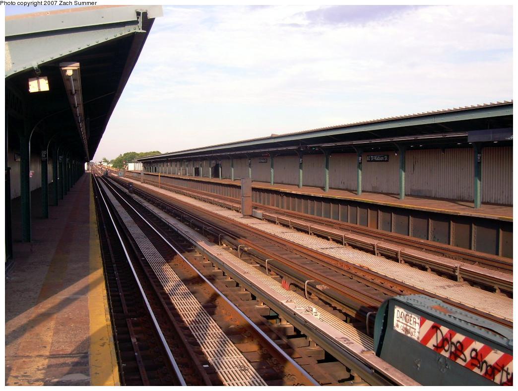 (294k, 1044x788)<br><b>Country:</b> United States<br><b>City:</b> New York<br><b>System:</b> New York City Transit<br><b>Line:</b> IND Fulton Street Line<br><b>Location:</b> 80th Street/Hudson Street <br><b>Photo by:</b> Zach Summer<br><b>Date:</b> 7/22/2007<br><b>Notes:</b> Station view.<br><b>Viewed (this week/total):</b> 1 / 1004