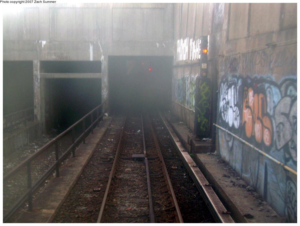(241k, 1044x788)<br><b>Country:</b> United States<br><b>City:</b> New York<br><b>System:</b> New York City Transit<br><b>Line:</b> IND Fulton Street Line<br><b>Location:</b> 80th Street/Hudson Street <br><b>Photo by:</b> Zach Summer<br><b>Date:</b> 7/22/2007<br><b>Notes:</b> Entering the tunnel just west of 80th/Hudson.<br><b>Viewed (this week/total):</b> 0 / 2512