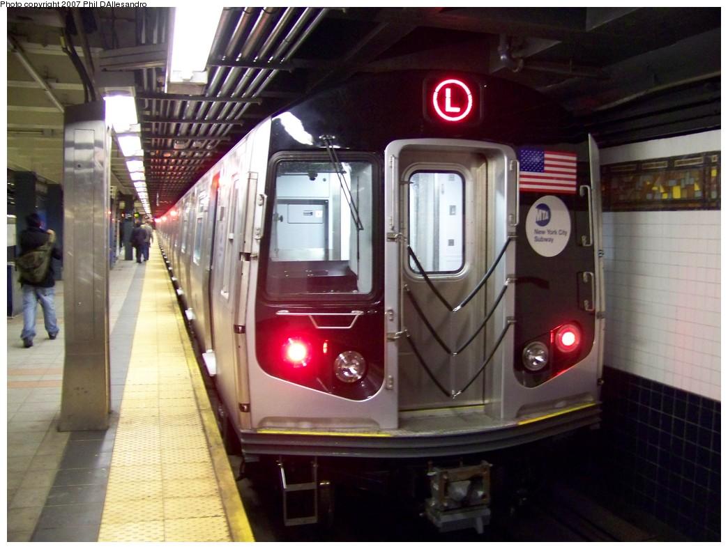 (200k, 1044x788)<br><b>Country:</b> United States<br><b>City:</b> New York<br><b>System:</b> New York City Transit<br><b>Line:</b> BMT Myrtle Avenue Line<br><b>Location:</b> Wyckoff Avenue <br><b>Route:</b> L<br><b>Car:</b> R-160A-1 (Alstom, 2005-2008, 4 car sets)  8364 <br><b>Photo by:</b> Philip D'Allesandro<br><b>Date:</b> 10/26/2007<br><b>Viewed (this week/total):</b> 1 / 2698