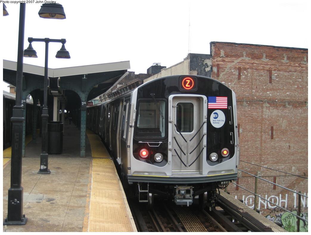 (212k, 1044x788)<br><b>Country:</b> United States<br><b>City:</b> New York<br><b>System:</b> New York City Transit<br><b>Line:</b> BMT Nassau Street/Jamaica Line<br><b>Location:</b> Myrtle Avenue <br><b>Route:</b> Z<br><b>Car:</b> R-160A-1 (Alstom, 2005-2008, 4 car sets)   <br><b>Photo by:</b> John Dooley<br><b>Date:</b> 10/26/2007<br><b>Viewed (this week/total):</b> 0 / 3065