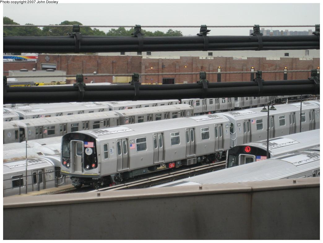 (201k, 1044x788)<br><b>Country:</b> United States<br><b>City:</b> New York<br><b>System:</b> New York City Transit<br><b>Location:</b> East New York Yard/Shops<br><b>Car:</b> R-160A-1 (Alstom, 2005-2008, 4 car sets)  8392 <br><b>Photo by:</b> John Dooley<br><b>Date:</b> 10/26/2007<br><b>Viewed (this week/total):</b> 0 / 1689
