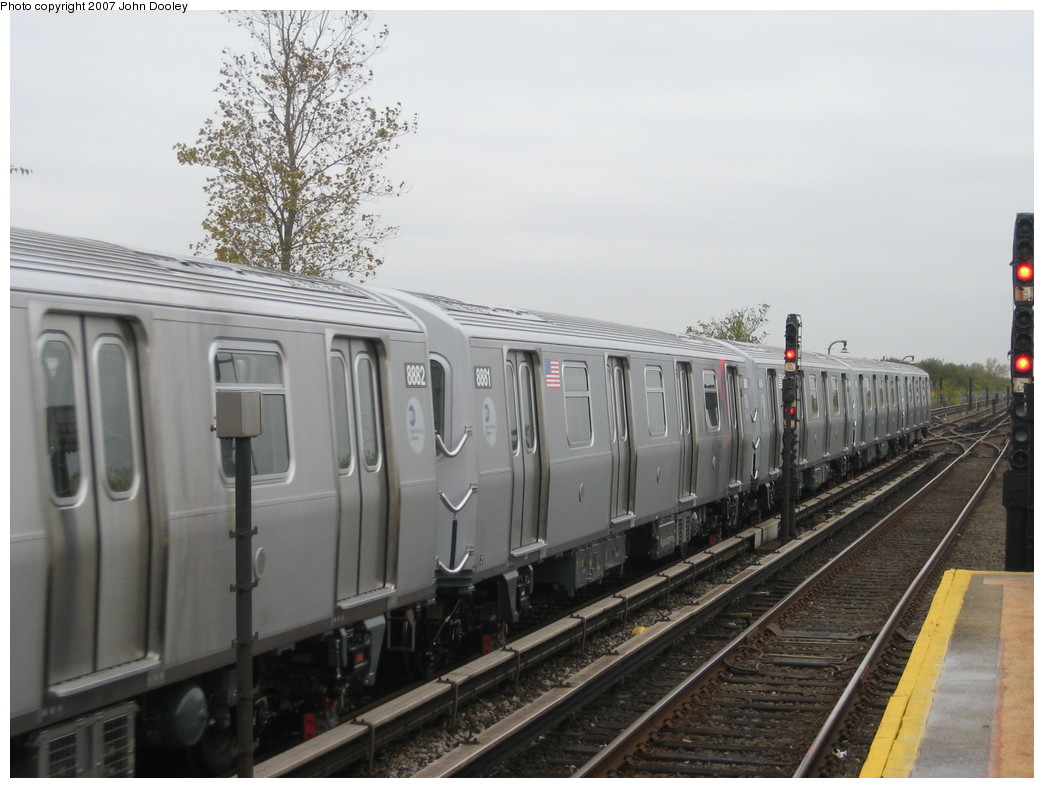 (185k, 1044x788)<br><b>Country:</b> United States<br><b>City:</b> New York<br><b>System:</b> New York City Transit<br><b>Line:</b> IND Rockaway<br><b>Location:</b> Broad Channel <br><b>Route:</b> Testing<br><b>Car:</b> R-160B (Kawasaki, 2005-2008)  8881 <br><b>Photo by:</b> John Dooley<br><b>Date:</b> 10/26/2007<br><b>Viewed (this week/total):</b> 1 / 2576