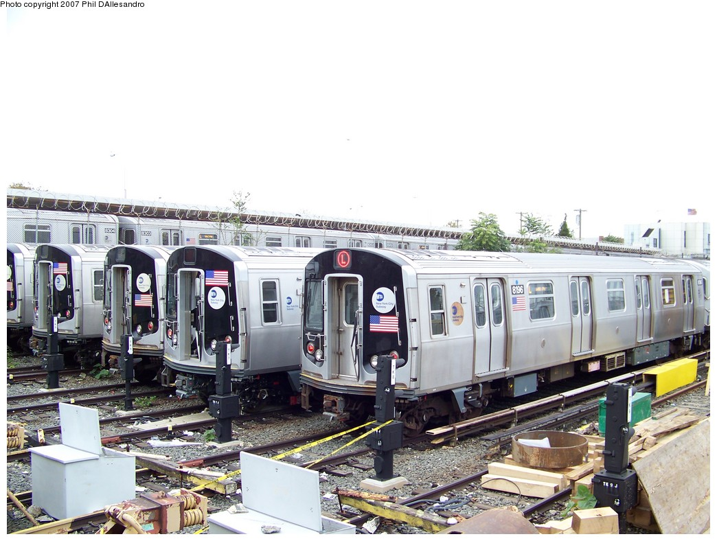 (227k, 1044x788)<br><b>Country:</b> United States<br><b>City:</b> New York<br><b>System:</b> New York City Transit<br><b>Location:</b> Rockaway Parkway (Canarsie) Yard<br><b>Car:</b> R-143 (Kawasaki, 2001-2002) 8196 <br><b>Photo by:</b> Philip D'Allesandro<br><b>Date:</b> 11/2/2007<br><b>Viewed (this week/total):</b> 0 / 3584