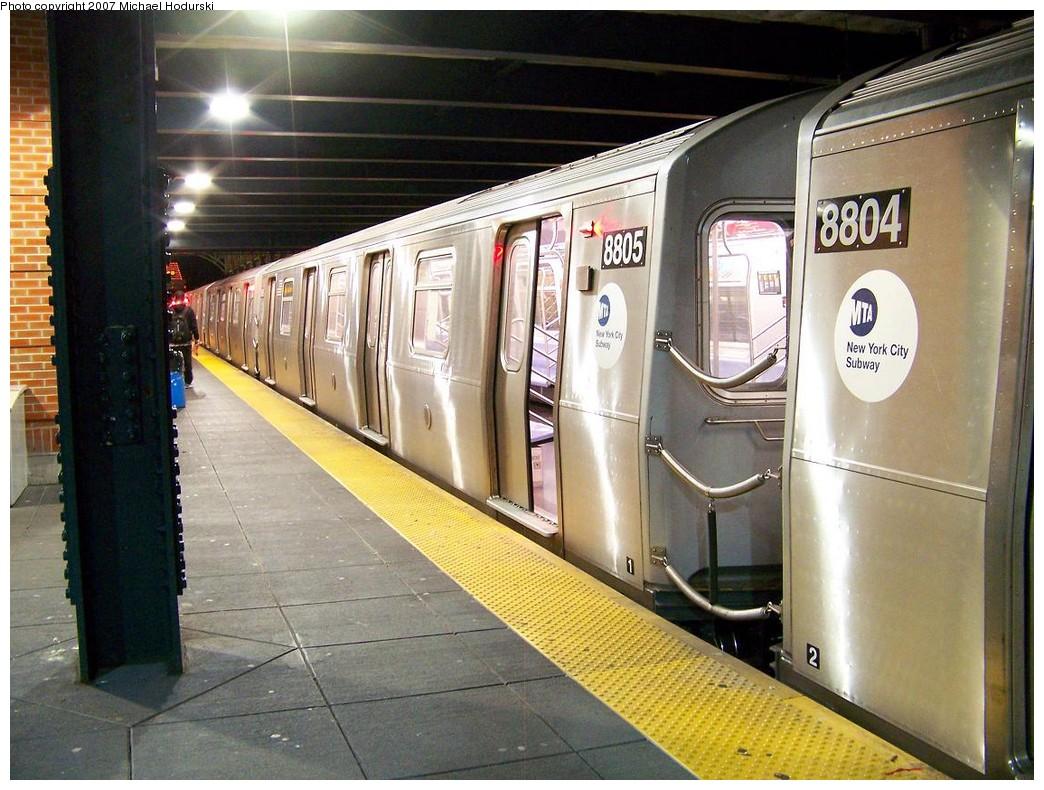 (239k, 1044x790)<br><b>Country:</b> United States<br><b>City:</b> New York<br><b>System:</b> New York City Transit<br><b>Location:</b> Coney Island/Stillwell Avenue<br><b>Route:</b> N<br><b>Car:</b> R-160B (Kawasaki, 2005-2008)  8805 <br><b>Photo by:</b> Michael Hodurski<br><b>Date:</b> 11/2/2007<br><b>Viewed (this week/total):</b> 1 / 2215