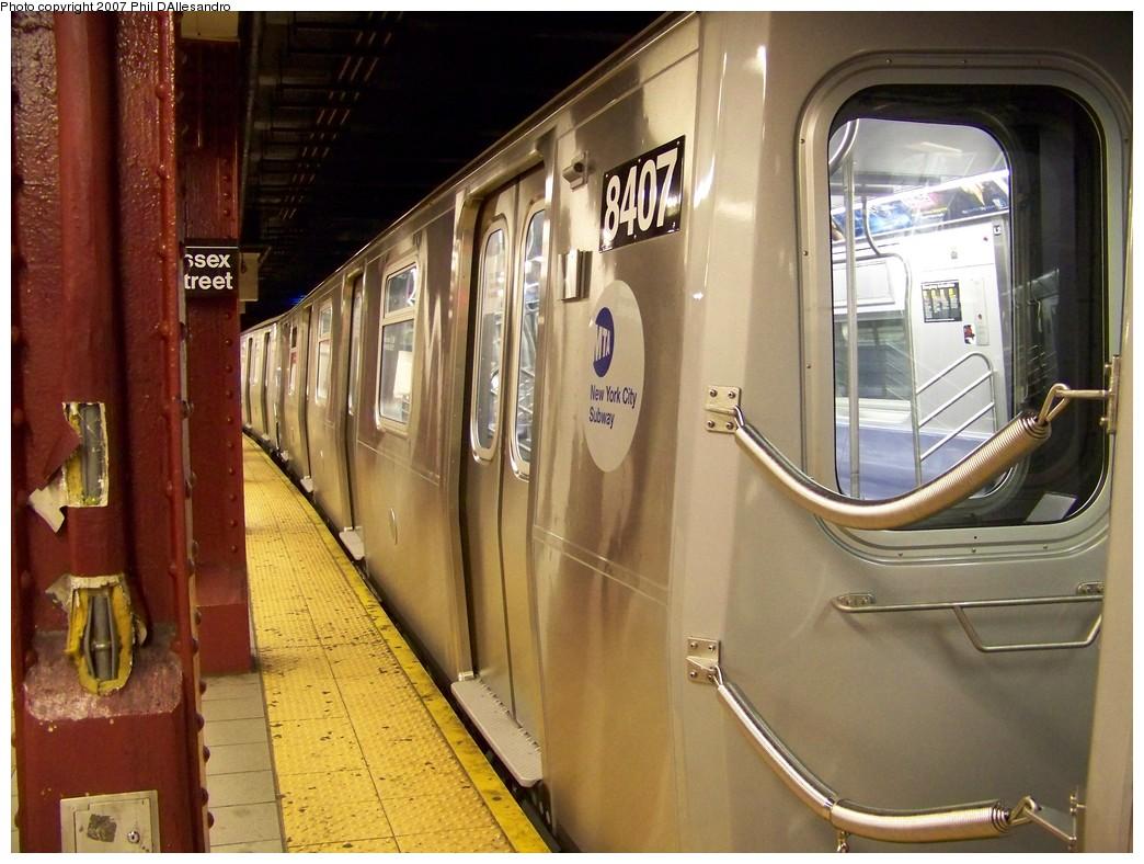 (224k, 1044x788)<br><b>Country:</b> United States<br><b>City:</b> New York<br><b>System:</b> New York City Transit<br><b>Line:</b> BMT Nassau Street/Jamaica Line<br><b>Location:</b> Essex Street <br><b>Route:</b> Testing<br><b>Car:</b> R-160A-1 (Alstom, 2005-2008, 4 car sets)  8407 <br><b>Photo by:</b> Philip D'Allesandro<br><b>Date:</b> 11/6/2007<br><b>Viewed (this week/total):</b> 4 / 1818