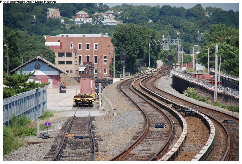 (224k, 820x556)<br><b>Country:</b> United States<br><b>City:</b> New York<br><b>System:</b> New York City Transit<br><b>Line:</b> SIRT<br><b>Location:</b> Clifton Yard/Shops <br><b>Photo by:</b> Marc Pitanza<br><b>Date:</b> 8/29/2007<br><b>Viewed (this week/total):</b> 5 / 4118
