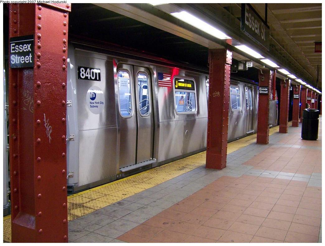 (229k, 1044x790)<br><b>Country:</b> United States<br><b>City:</b> New York<br><b>System:</b> New York City Transit<br><b>Line:</b> BMT Nassau Street/Jamaica Line<br><b>Location:</b> Essex Street <br><b>Route:</b> Testing<br><b>Car:</b> R-160A-1 (Alstom, 2005-2008, 4 car sets)  8401 <br><b>Photo by:</b> Michael Hodurski<br><b>Date:</b> 11/6/2007<br><b>Viewed (this week/total):</b> 0 / 2634