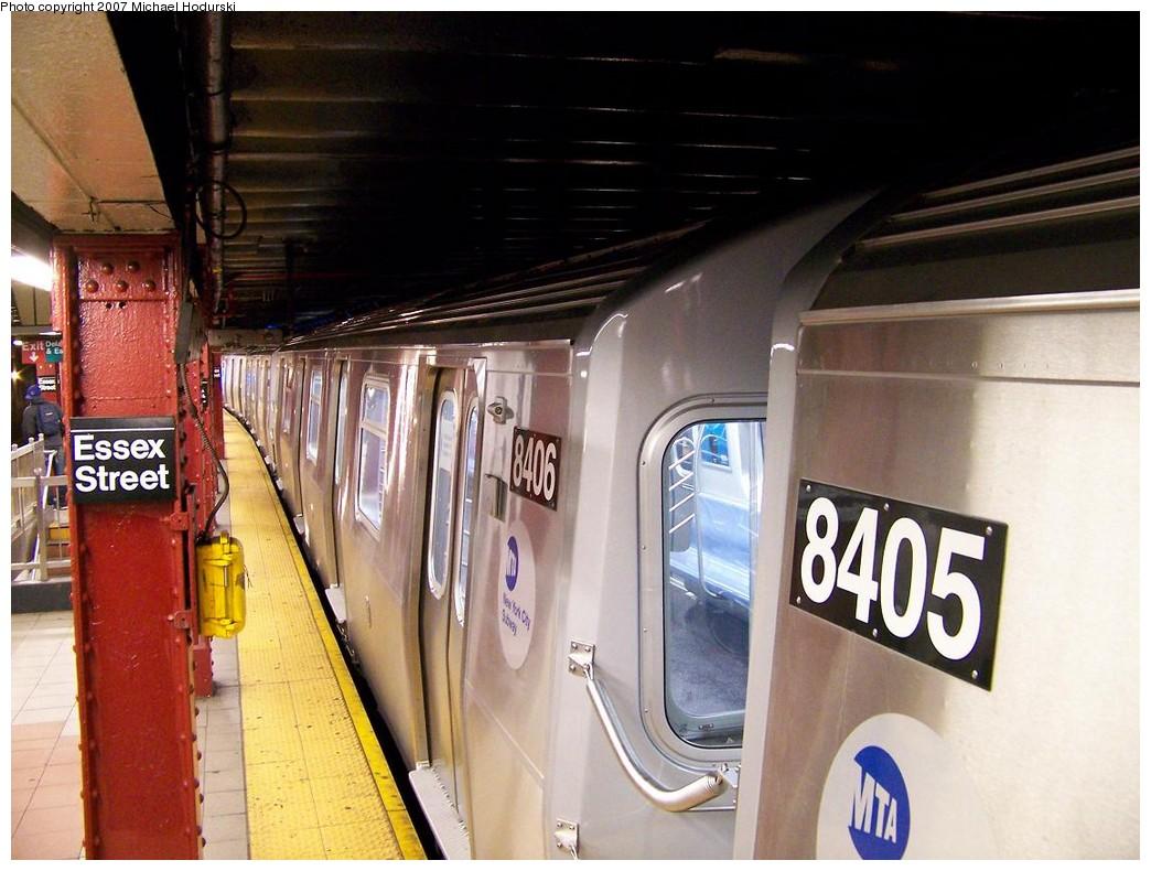 (204k, 1044x790)<br><b>Country:</b> United States<br><b>City:</b> New York<br><b>System:</b> New York City Transit<br><b>Line:</b> BMT Nassau Street/Jamaica Line<br><b>Location:</b> Essex Street <br><b>Route:</b> Testing<br><b>Car:</b> R-160A-1 (Alstom, 2005-2008, 4 car sets)  8406 <br><b>Photo by:</b> Michael Hodurski<br><b>Date:</b> 11/6/2007<br><b>Viewed (this week/total):</b> 0 / 2807
