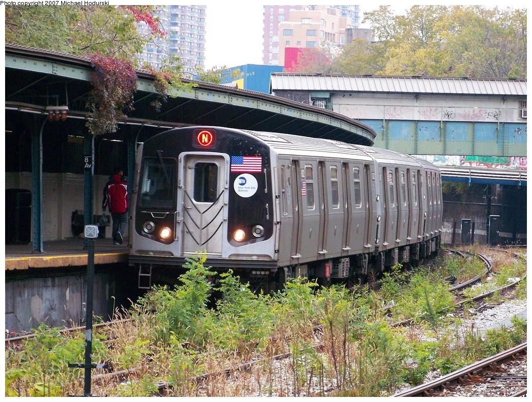 (343k, 1044x790)<br><b>Country:</b> United States<br><b>City:</b> New York<br><b>System:</b> New York City Transit<br><b>Line:</b> BMT Sea Beach Line<br><b>Location:</b> 8th Avenue <br><b>Route:</b> N<br><b>Car:</b> R-160B (Kawasaki, 2005-2008)  8832 <br><b>Photo by:</b> Michael Hodurski<br><b>Date:</b> 11/12/2007<br><b>Viewed (this week/total):</b> 1 / 2533