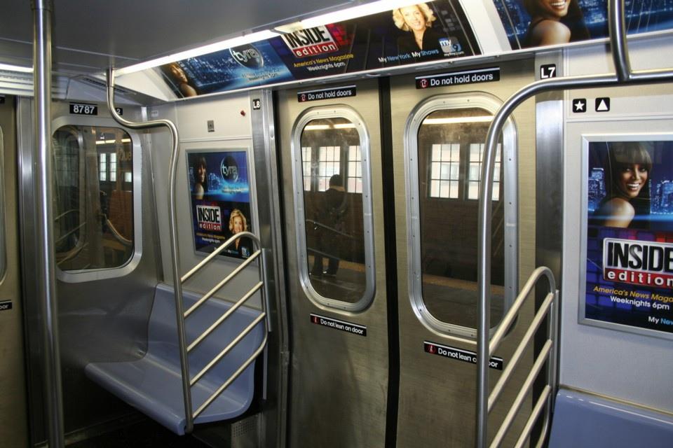 (230k, 960x640)<br><b>Country:</b> United States<br><b>City:</b> New York<br><b>System:</b> New York City Transit<br><b>Line:</b> BMT Astoria Line<br><b>Route:</b> N<br><b>Car:</b> R-160B (Kawasaki, 2005-2008)  8787 <br><b>Photo by:</b> Todd Glickman<br><b>Date:</b> 11/12/2007<br><b>Viewed (this week/total):</b> 1 / 2265