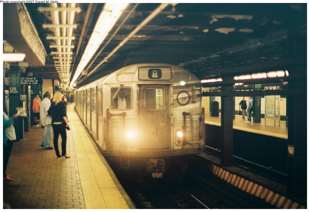 (171k, 1044x712)<br><b>Country:</b> United States<br><b>City:</b> New York<br><b>System:</b> New York City Transit<br><b>Line:</b> IND 8th Avenue Line<br><b>Location:</b> 125th Street <br><b>Route:</b> A<br><b>Car:</b> R-38 (St. Louis, 1966-1967)   <br><b>Photo by:</b> David M. Kelly<br><b>Date:</b> 2007<br><b>Viewed (this week/total):</b> 3 / 3659