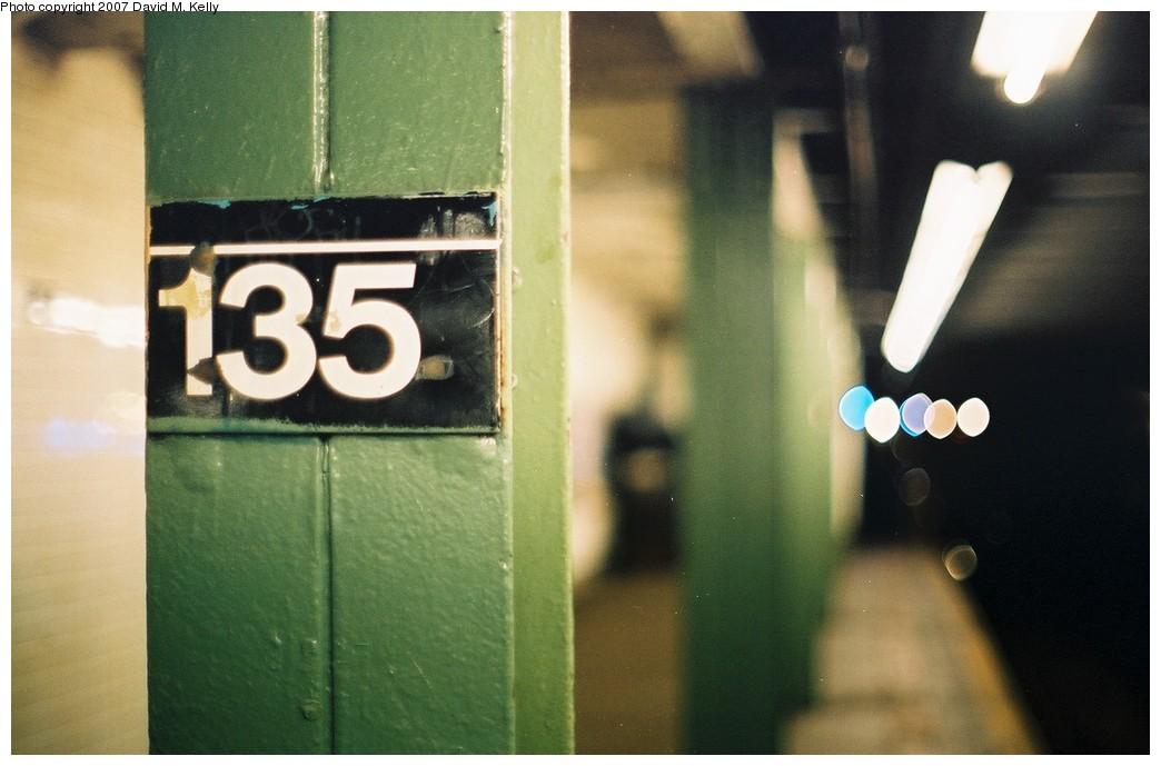 (149k, 1044x689)<br><b>Country:</b> United States<br><b>City:</b> New York<br><b>System:</b> New York City Transit<br><b>Line:</b> IND 8th Avenue Line<br><b>Location:</b> 135th Street <br><b>Photo by:</b> David M. Kelly<br><b>Date:</b> 2007<br><b>Notes:</b> Platform view.<br><b>Viewed (this week/total):</b> 0 / 1895