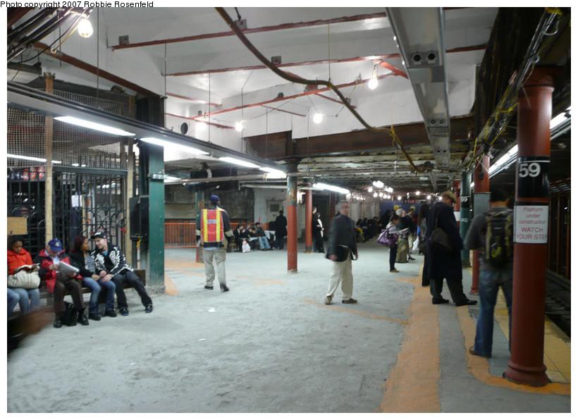 (182k, 820x596)<br><b>Country:</b> United States<br><b>City:</b> New York<br><b>System:</b> New York City Transit<br><b>Line:</b> IRT West Side Line<br><b>Location:</b> 59th Street/Columbus Circle <br><b>Photo by:</b> Robbie Rosenfeld<br><b>Date:</b> 10/29/2007<br><b>Notes:</b> Station renovations in progress.<br><b>Viewed (this week/total):</b> 2 / 3284